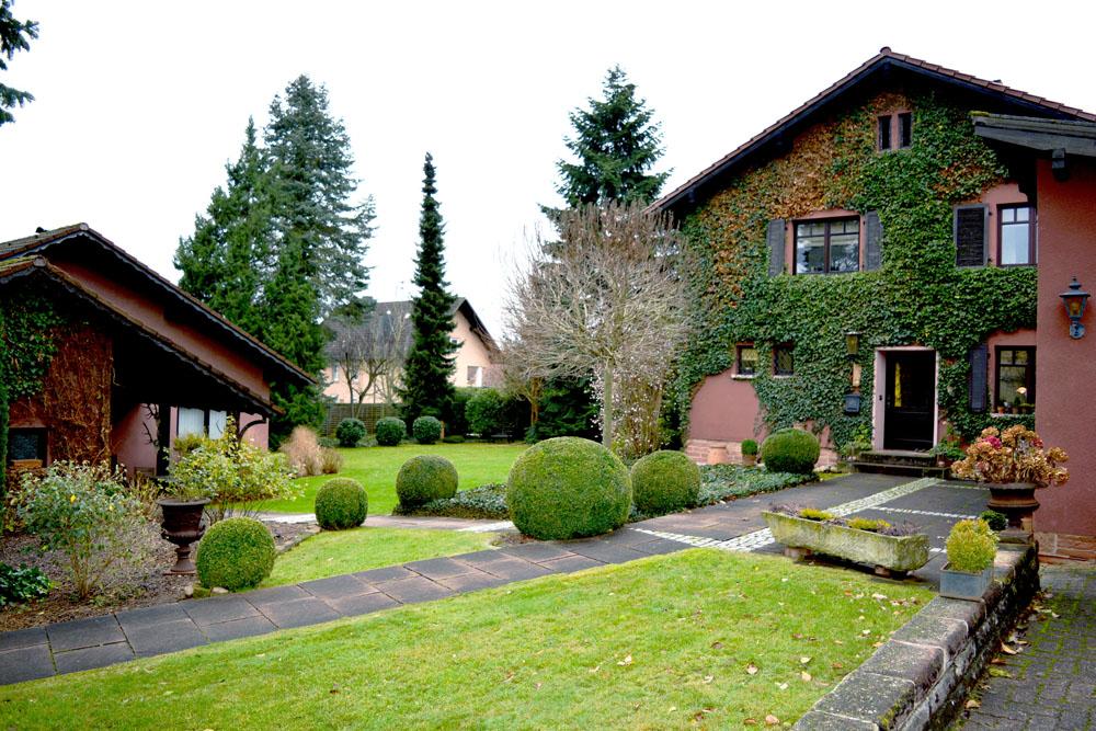 Zauberhaftes Einfamilienhaus mit Nebengebäude